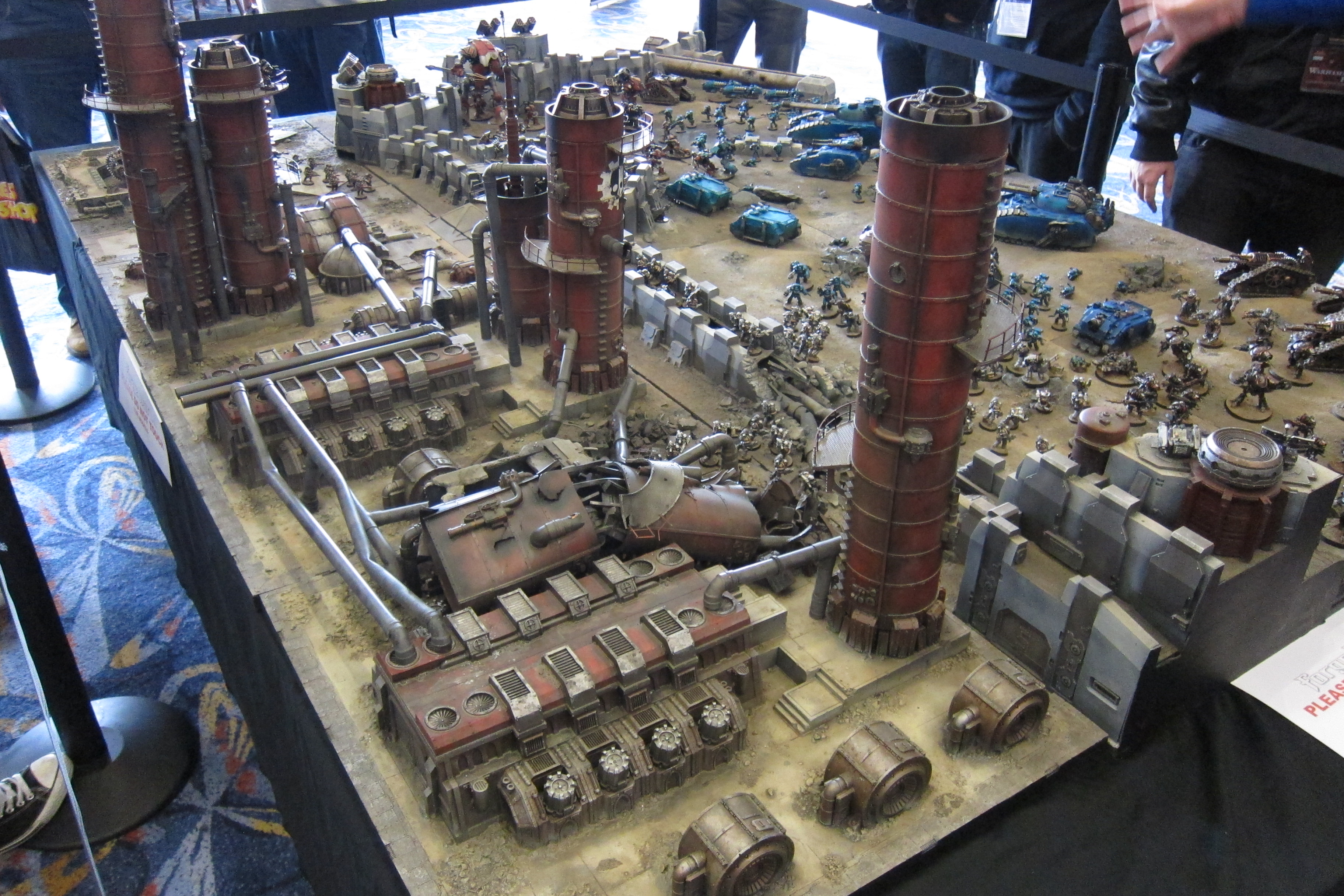HUGE diorama - attack on a Mechanicum facility
